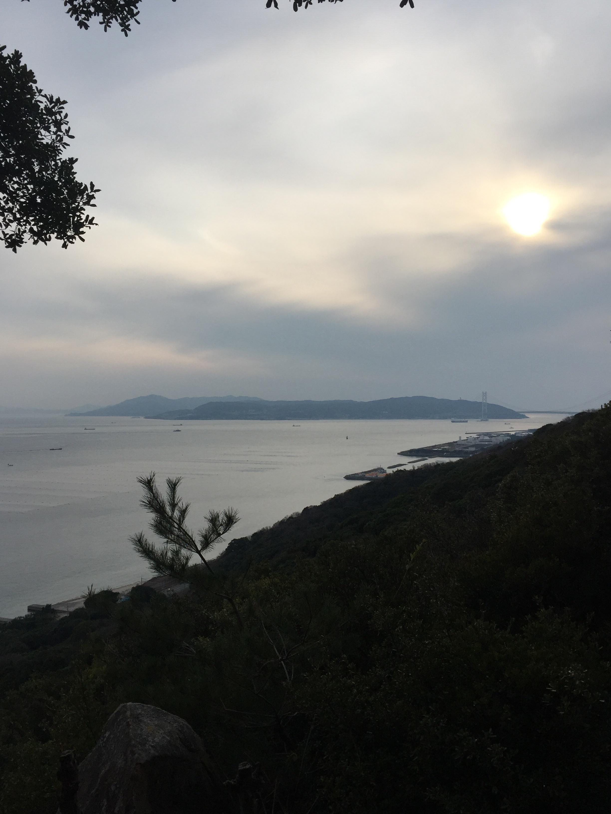 須磨海浜から瀬戸内海を望む